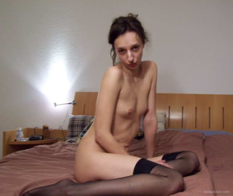 SLIM WIFE naked in the bedroom