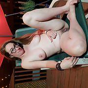 Slutty brunette wife showing off