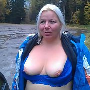 Milf picture outdoor flash boobs