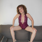 More pics of the Hott Gina we luv your comments