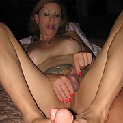 JASMINE a sexy tranny with sexy feet and a nice cock
