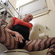 Sissy Nikki Ice a cock worshiping cum addicted Sissy faggot