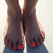 More of my latest pedicure for you foot lovers