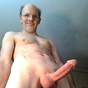 Mature Male Exhibitionist For All Your Porn Pleasure