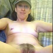 Wife showing he pussie, what a slut