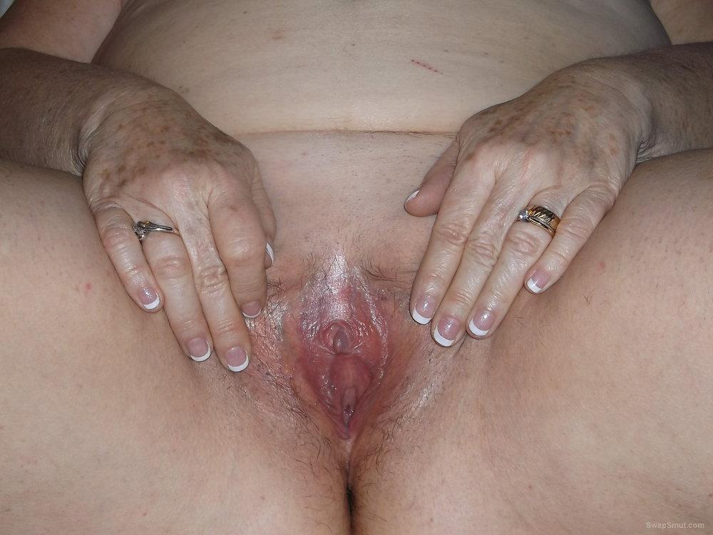 Mature bbw loving mom next door explicit homemade amateur pictures