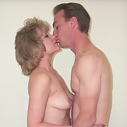 Wife and the Neighbor Get it on