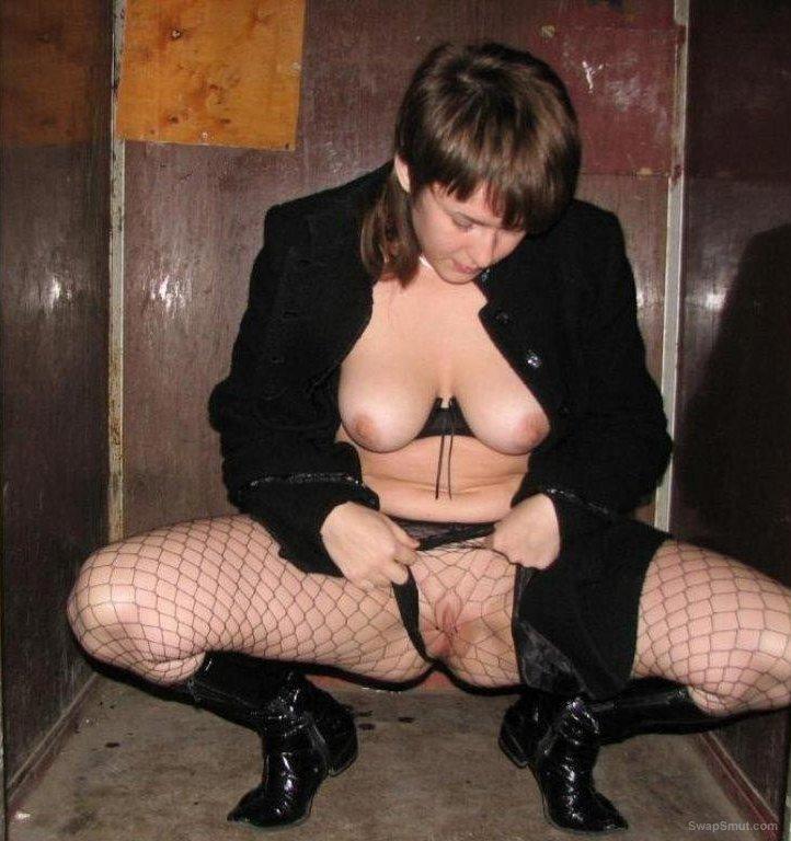 sexy wife amateur porn photos sucking cock