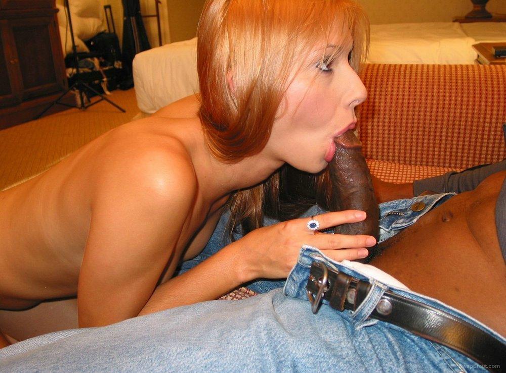 A sexy wife having fun with her big bull