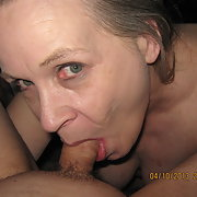 Sweet pussy showing off her oral skills mature lady amateur cock suck