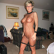 Raquel the hot MILF loves to dress up and fuck
