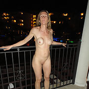 A mature but still sexy and horny Gilf