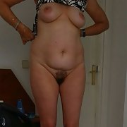 Some nice pics of the wife's titties and pussy while on vacation
