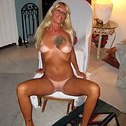 Mature, very whore posing for you