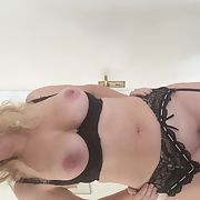 Sexy milf with big tits and wet pussy