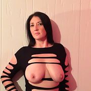 Exhibitionist Horny GILF loves to tease online