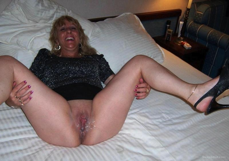 Mature Older Pussy Spread