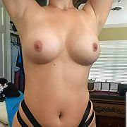 Young curvy wife new to showing off