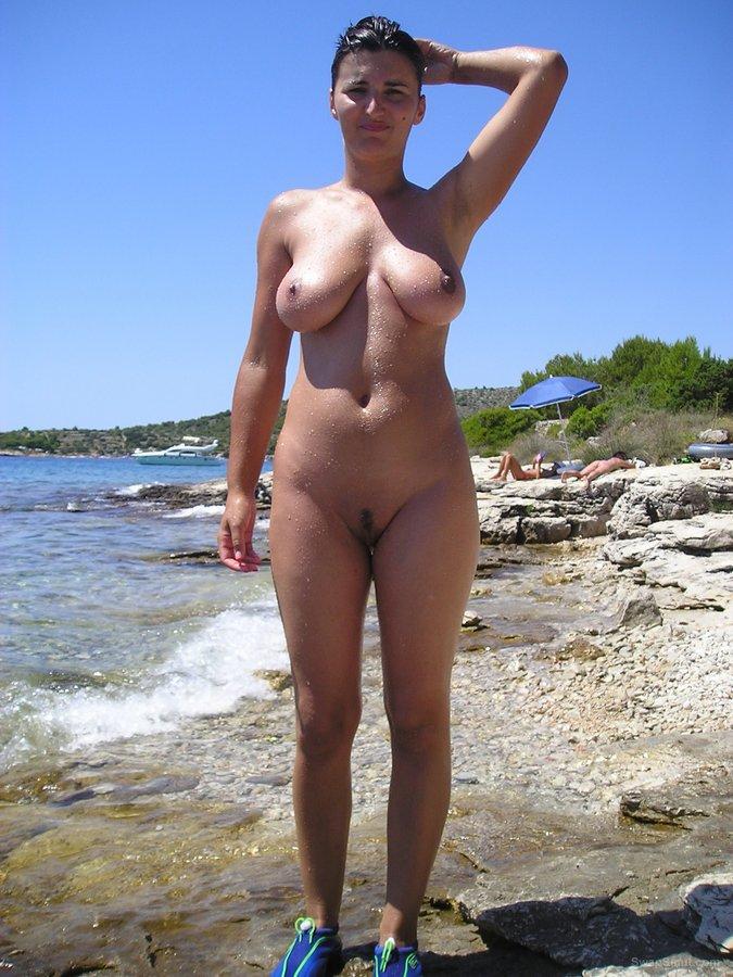 Kathryn thomas fake naked