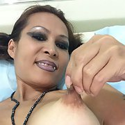 I Thai slut make some selfies for help men cum